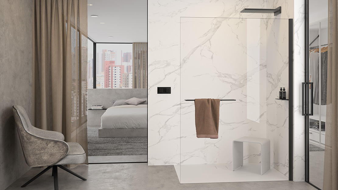 Select+ Walk-In Dusche in einem Hotel